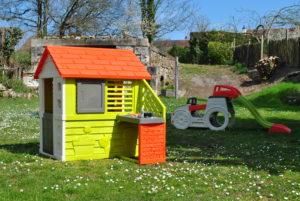 Toboggan et petite maison